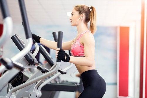 les meilleurs excercices pour perdre du poids : le vélo elliptique