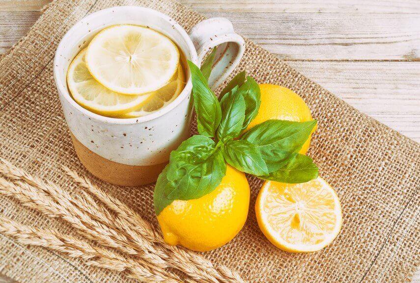 thé au citron contre les céphalées