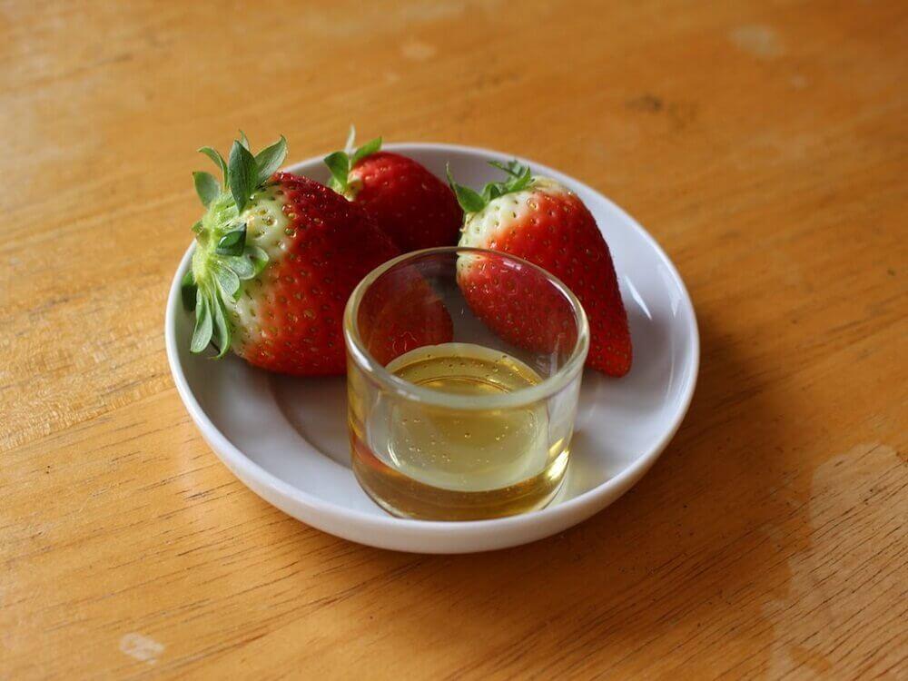 fraise et huile d'olive pour atténuer les cicatrices d acné