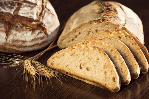 Le pain complet ou pain : consommation modérée