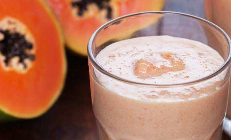 smoothie à la papaye et au lait d'amande