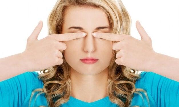 Fermez les yeux et essayez de vous détendre pour avoir une bonne vue