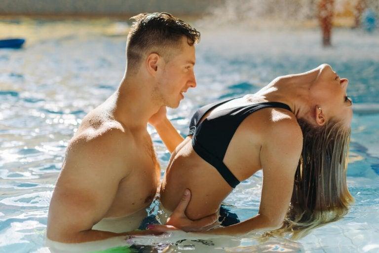 6 conseils pour faire l'amour dans l'eau