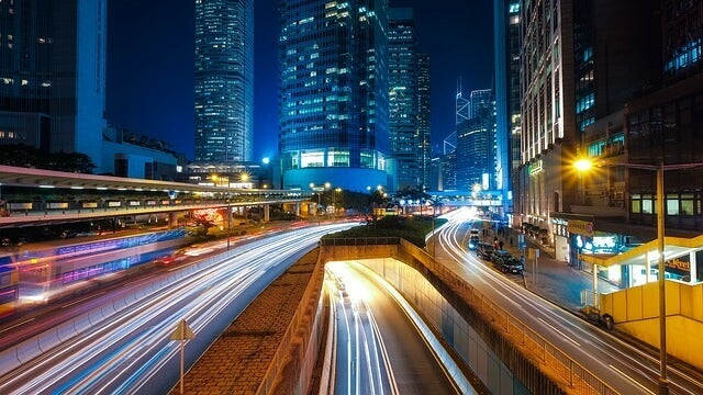 paysage urbain lumineux