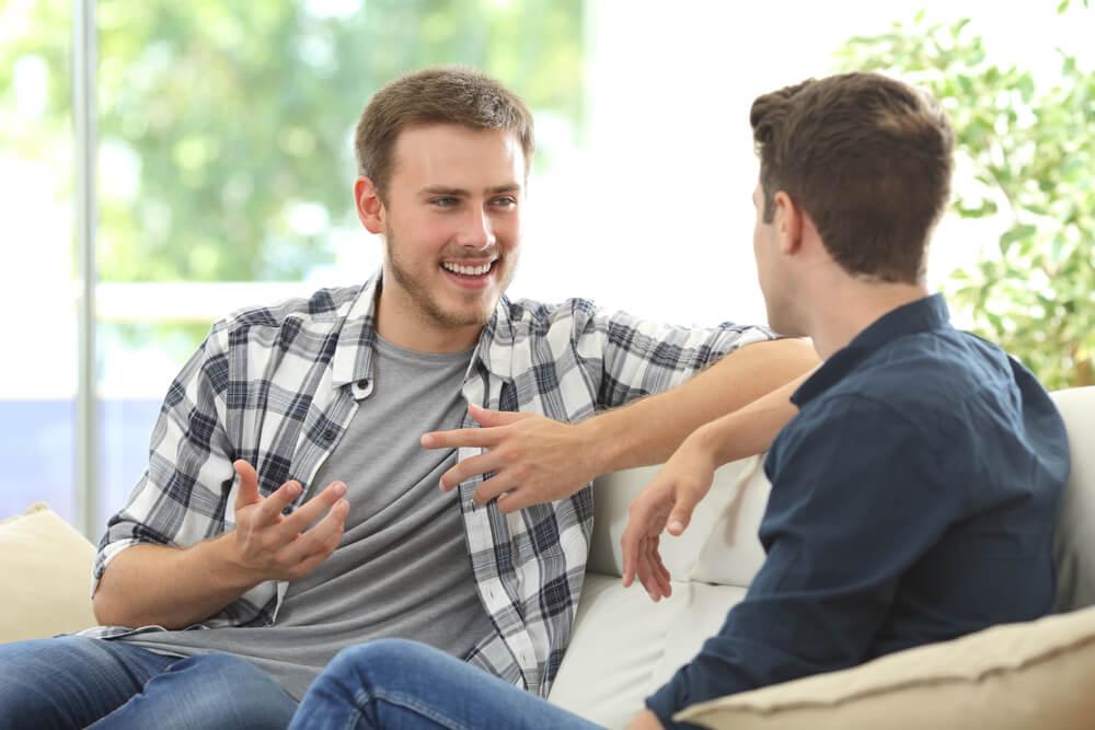 amis discutant