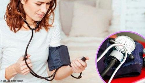 8 conseils pour prendre la tension artérielle à la maison