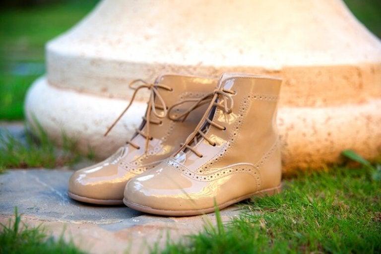 Comment nettoyer vos chaussures selon leur matière