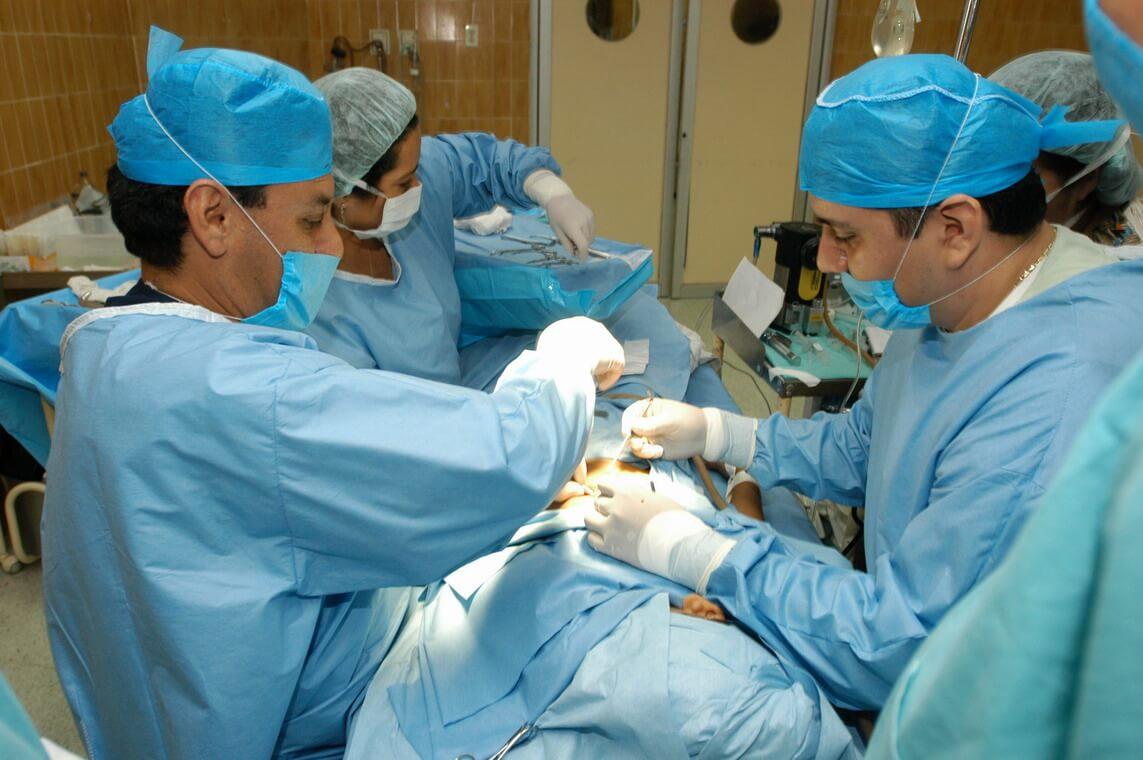 Chirurgie en cas de l'érysipèle.