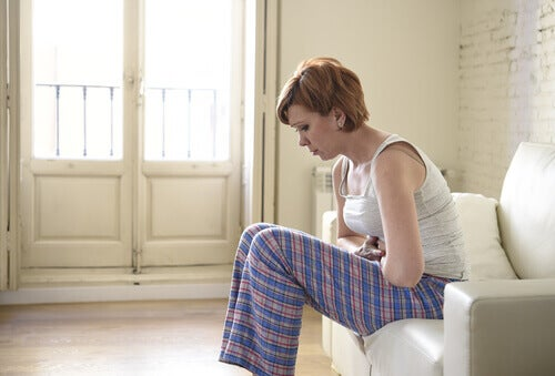 8 signes avant-coureurs du cancer des ovaires à savoir