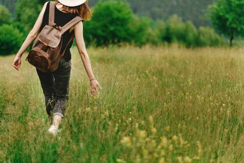 les femmes fortes se permettent d'aimer la solitude