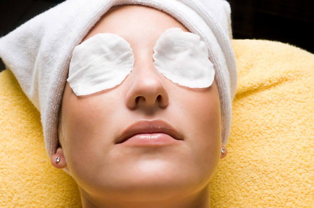 masque pour les yeux fatigués