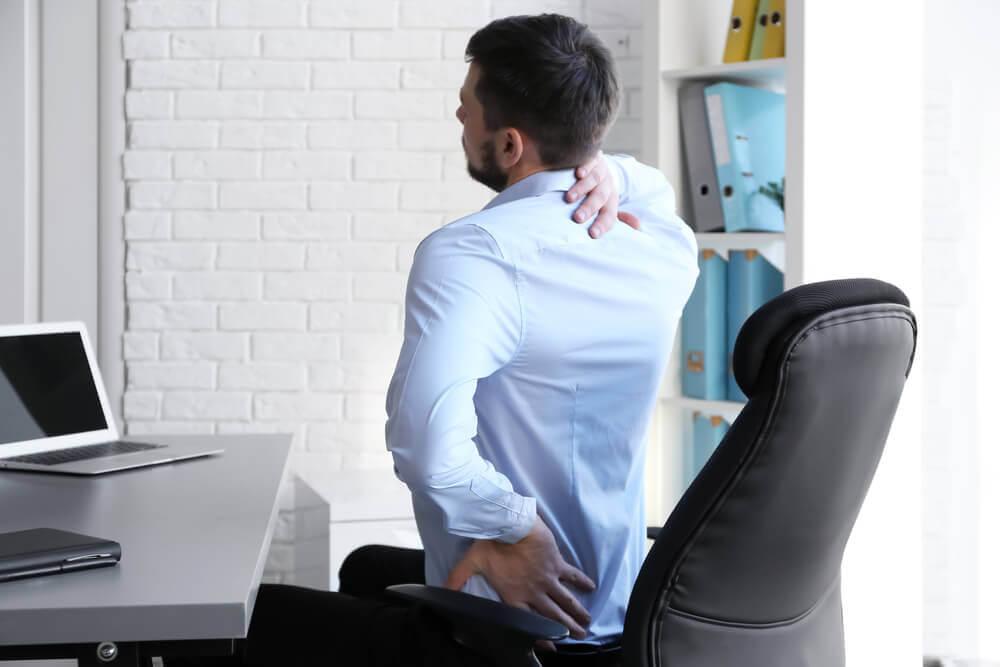 une mauvaise position peut entraîner le mal de dos