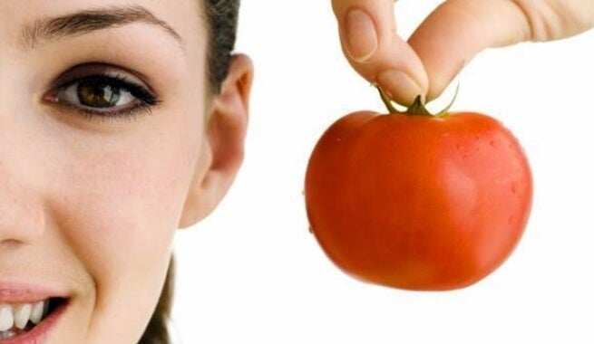 La sauce tomate.