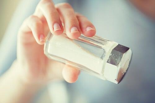 Le sel aide à réduire la cataracte.