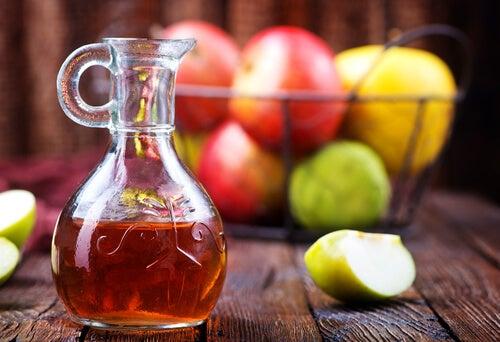 Vinaigre de cidre de pomme.