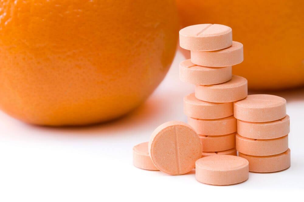 la vitamine C pour lutter contre les verrues planes