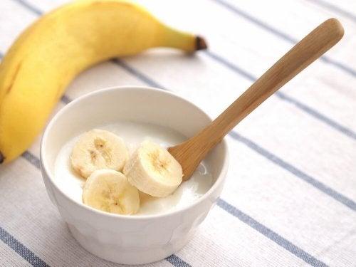 yaourt avec de la banane pour soulager le psoriasis