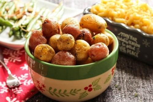 Apprenez à manger des pommes de terre d'une manière saine et savoureuse