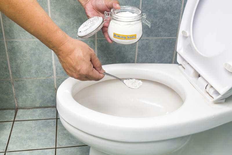 Bicarbonate de soude pour enlever le tartre.
