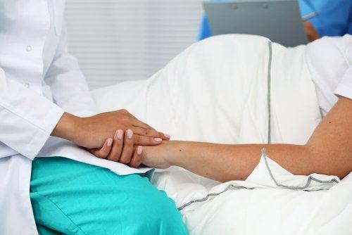 Femme enceinte à l'hôpital