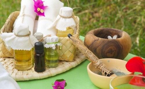 l'huile d'hibiscus pour accélérer la croissance des cheveux
