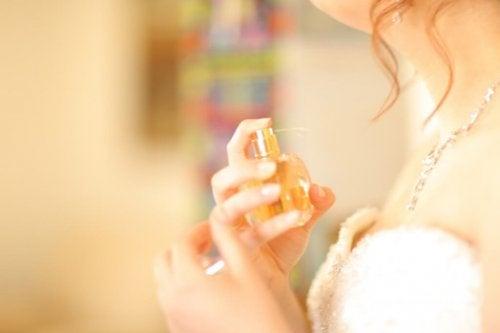 certains produits cosmétiques et d'hygiène peuvent influencer la ménopause prématurée