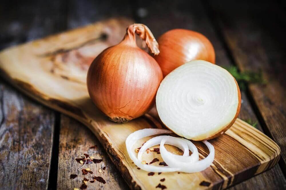 bénéfices de l'oignon pour calmer la toux