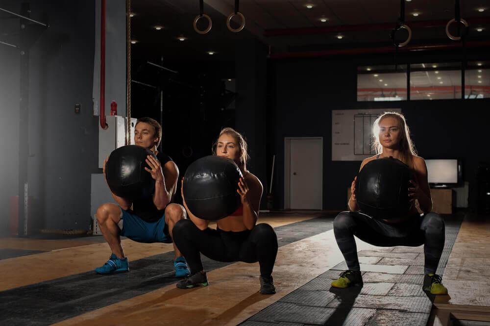 squats avec football