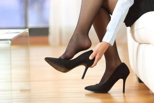 5 astuces pour porter vos talons plus longtemps