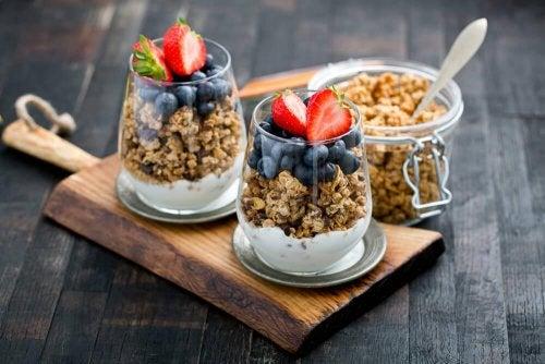 12 avantages de consommer du granola au petit-déjeuner tous les jours