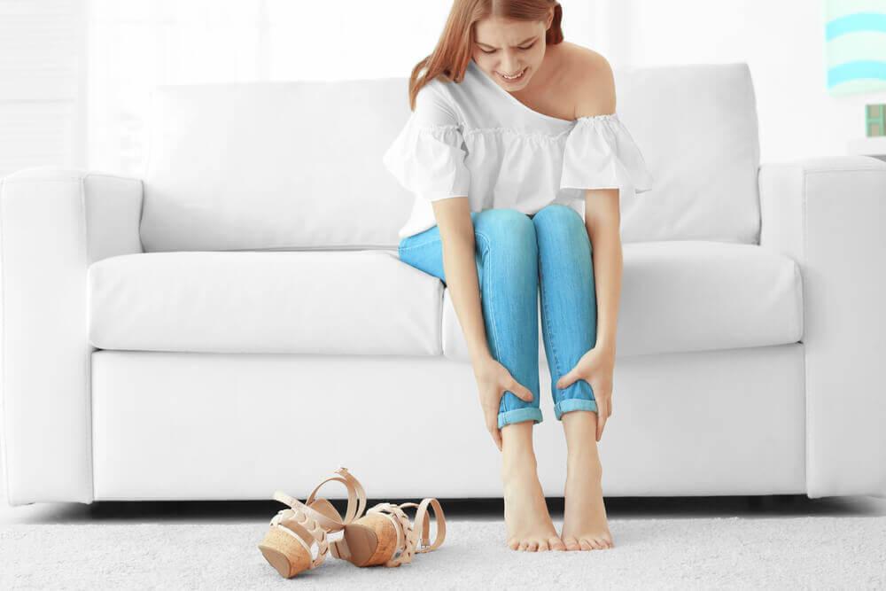 Apprenez à soulager les jambes lourdes et douloureuses