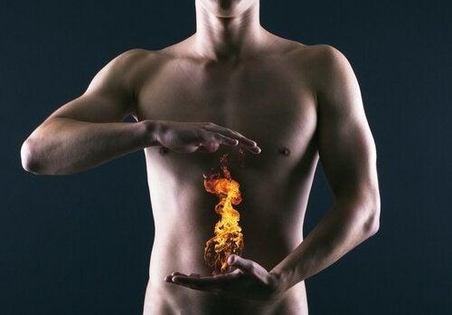 Causes de l'acidité gastrique.
