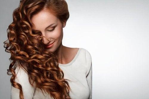 6 vitamines clés pour la pousse des cheveux : vitamine C