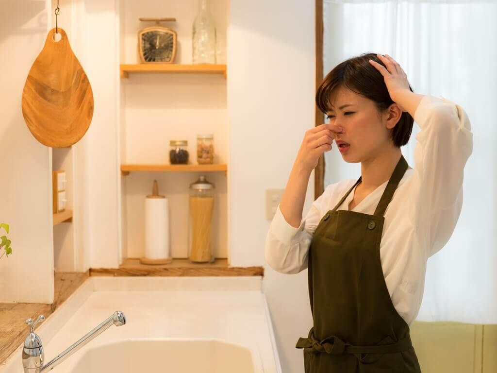 comment éliminer la mauvaise odeur dans la cuisine