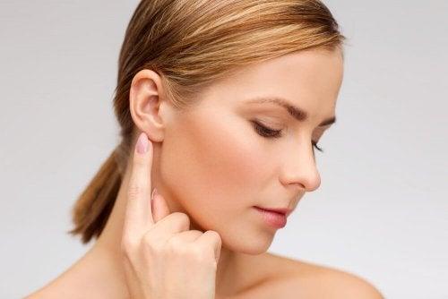 Que faire en cas de bourdonnements dans les oreilles