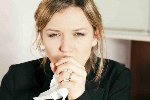 femme toux