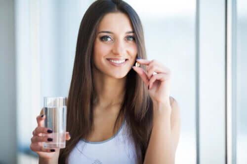 6 vitamines essentielles pour la pousse des cheveux
