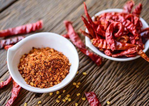 sirops contre la toux sèche : Piment de Cayenne, gingembre et vinaigre de cidre