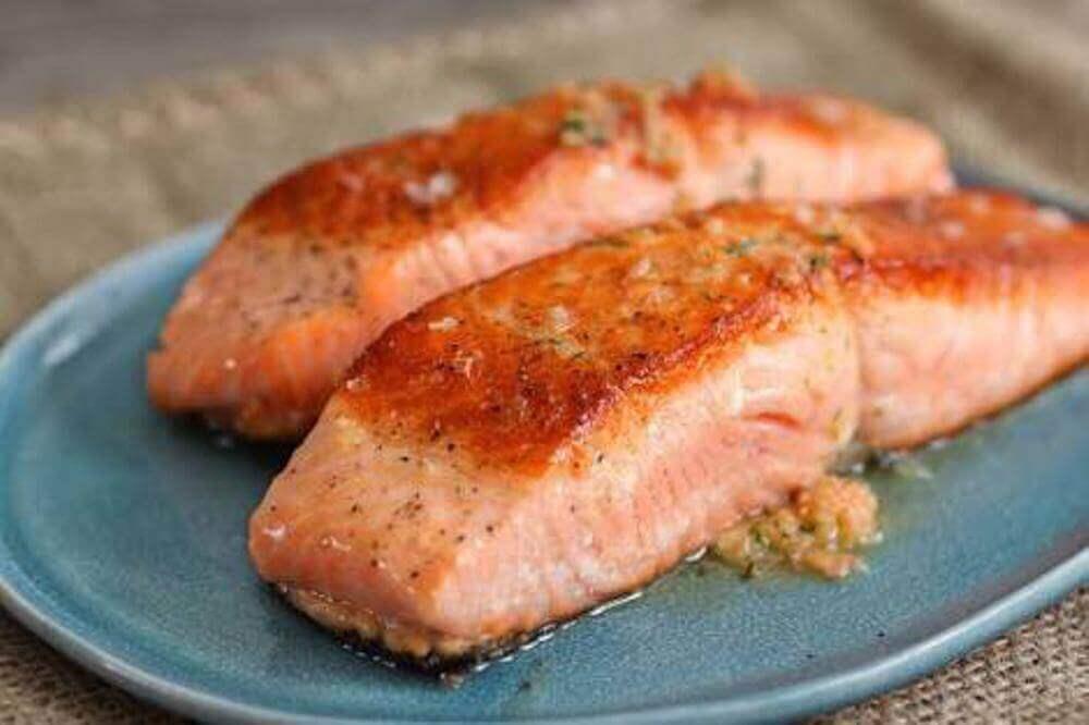 alimentation pendant la grossesse : éviter le poisson cru