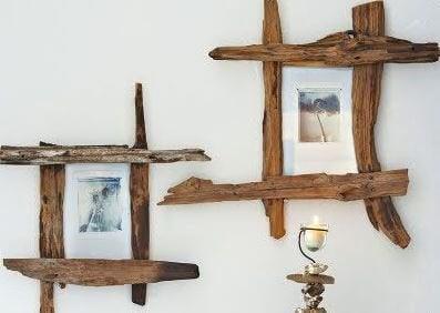 cadres fabriqués avec des morceaux de bois