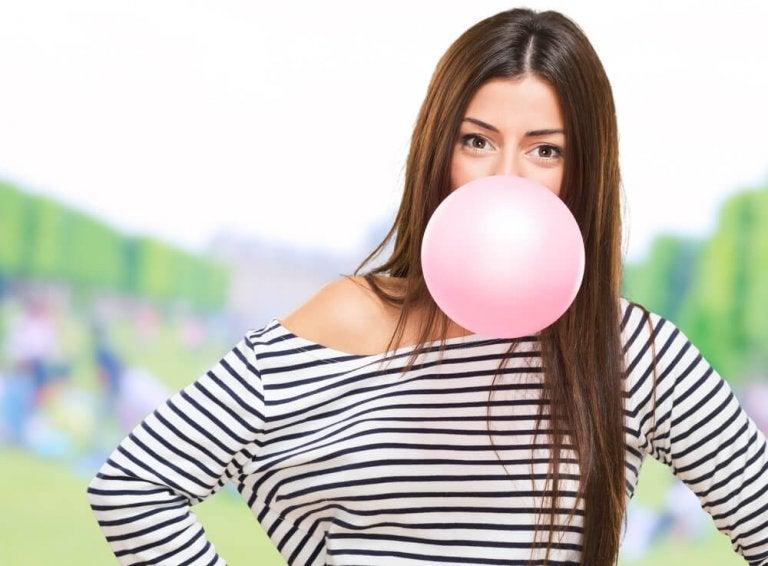 Qu'arrive-t-il à votre corps lorsque vous mâchez un chewing-gum ?