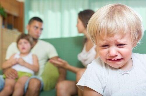 Les conséquences des disputes devant les enfants
