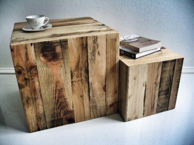 Décorer les murs avec du bois.