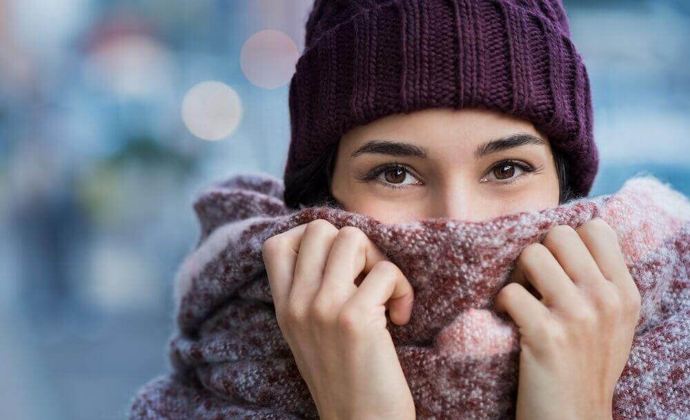 Pourquoi les femmes ont plus froid que les hommes ?