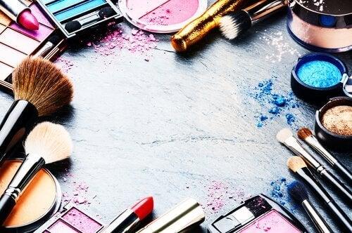 ranger son maquillage de manière organisée