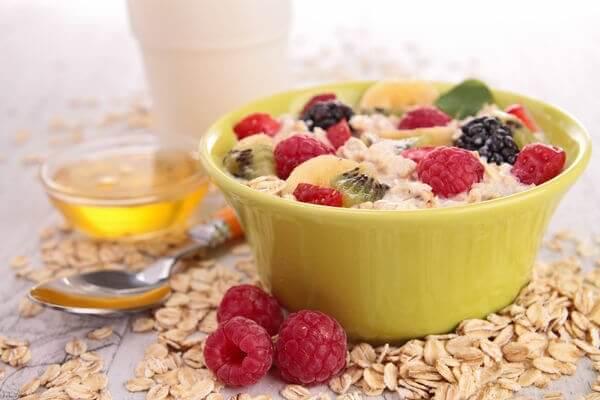 4 petits déjeuners nutritifs à base de fruits
