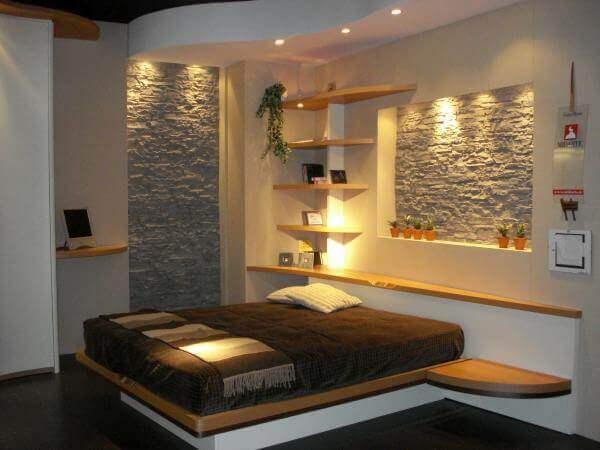 décorer les murs avec des pierres