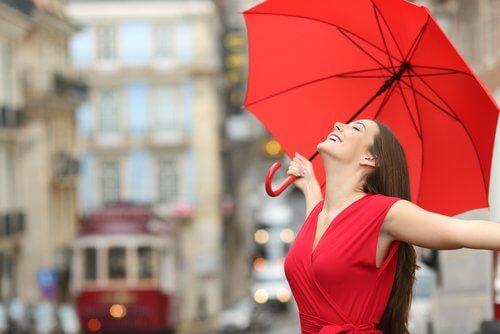 La couleur rouge augmente votre pouvoir d'attraction
