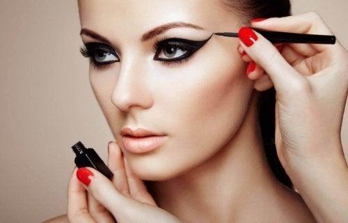 7 secrets de maquillage pour être éblouissante