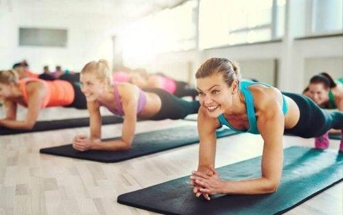 La planche : l'exercice parfait pour avoir un ventre plat